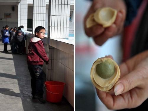 Les oeufs trempés dans de l'urine de jeunes garçons